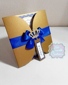 This beautiful handmade invitation goes perfectly for a Royal Prince Baby shower theme The listing is for a set of 10 invitations size 5x5. MATCHING BOTTLE LABELS
