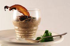 Un toque de distinción: sopa de portobellos + receta de fondo oscuro con vino tinto para miles de usos