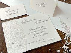 V JEDNODUCHOSTI JE VŽDY KRÁSA. 😊 Svatební oznámení je podlepené průsvitným papírem, na kterém je natištěn květinový motiv bílou termografií. Eleganci dotvářejí dva Swarowského krystaly. 💎💎  #svatba #svatebnioznameni Place Cards, Place Card Holders, Cards Against Humanity