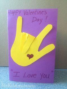 557179785120635840 Valentine Craft for Kids