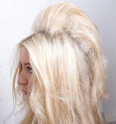 How to: Brigitte Bardot bouffant hair Teased Hair, Bouffant Hair, Voluminous Hair, Retro Hairstyles, Loose Hairstyles, Latest Hairstyles, Backcombed Hairstyles, Bardot Hair, 60s Hair