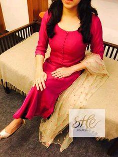 Salwar Suit Neck Designs, Kurta Neck Design, Dress Neck Designs, Kurta Designs Women, Salwar Designs, Blouse Designs, Churidhar Designs, Simple Kurti Designs, Indian Designer Suits