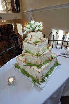 Bamboo inspired wedding cake.  Photo by Mary Basnight Photography  www.engagingeventsobx.com  #engagingeventsobx #bambooweddingcake
