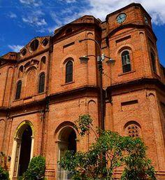 La iglesia de la Encarnación #paraguay #south #america #reisjunk #travel #world #explore www.reisjunk.nl