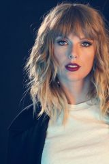 Cute and Amazing Taylor Swift Images in This Year! Part taylor swift quotes and lyrics; Taylor Swift Images, Taylor Swift Gallery, Taylor Swift Web, Taylor Alison Swift, Taylor Swift Bangs, Taylor Swift Hairstyles, Taylor Swift Makeup, Taylor Taylor, Taylor Swift Photoshoot