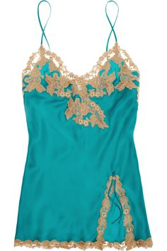 La Perla's chemise is crafted from silk-blend satin and trimmed with delicate bronze lace embroidery. The striking emerald-green hue looks beautiful against every skin tone.