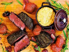 Perfekt oxfile till nyår Swedish Recipes, Food Decoration, Fine Dining, Food Inspiration, A Table, Sweet Tooth, Steak, Deserts, Cooking Recipes