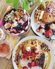 "seekingunitynpeace: "" Currently wishing I was in Aus eating these aestically pleasing plates that I assume taste like heaven!! : @emily_hunt #vegansofig #healthy #vegan #plantbased #fitness #veganathletes #plantpoweredathlete #hclf #justvegan..."