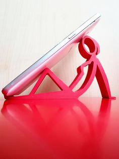 You can order any other personalised cool printed phone stand with custom texts and figures at Manubim. 3d Prints, Cell Phone Holder, Phone Stand, The Help, Texts, Printed, Cool Stuff, Woman, Handwriting Fonts