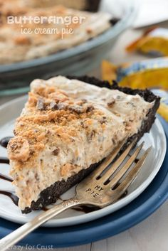 Butterfinger Ice Cream Pie - an easy no bake pie filled with peanut butter and Butterfinger candy bars on top of an Oreo crust!