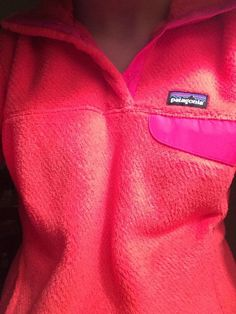 hot pink patagonia pull over