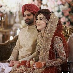 The Effective Pictures We Offer You About Bridal Outfit wedding A quality picture can tell you many things. You can find the most beautiful pictures that can be presented to you about Bridal Outfit 20 Asian Bridal Dresses, Bridal Mehndi Dresses, Pakistani Wedding Outfits, Muslim Brides, Bridal Lehenga Choli, Pakistani Wedding Dresses, Bridal Outfits, Bridal Looks, Bridal Style