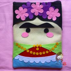 Cover per tablet in pannolenci Frida Kahlo €14,00 su misshobby.com. Frida Kahlo IPad cover felt.