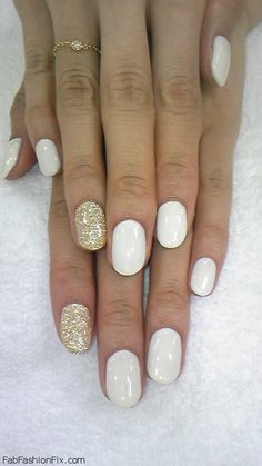 Option 2 for possible wedding nails!! Golden and White Nails!!