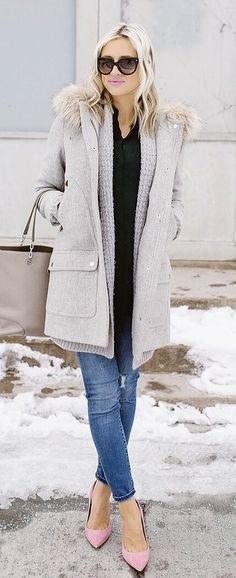 #winter #fashion /  Grey Coat / Black Knit / Skinny Denim / Pink Pumps / Grey Leather Tote