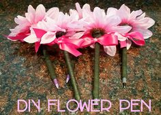DIY Flower Pens - dollar tree supplies!  5 DIY pens for under $5!