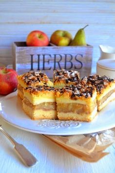 Kuchenne Zapiski M.: Krucha szarlotka z budyniem. French Toast, Herbs, Baking, Breakfast, Cook, Drinks, Morning Coffee, Drinking, Patisserie