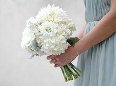 Blue Ridge Mountains Modern Jewish Wedding//jewish real wedding bouquet