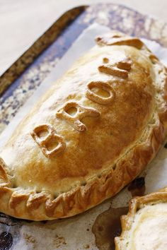 Cornish Pasties Pastry Recipes, Meat Recipes, Cooking Recipes, Yummy Recipes, Easy Irish Recipes, Fall Recipes, Hp Sauce, New Zealand Food And Drink, Simply Yummy