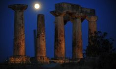 The magical August full moon will be celebrated across Greece with museums and Greek archaeological sites staying open late and organizing special events on