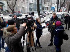 """Об окружении 40-го батальона в Дебальцево рассказали на пресс-конференции. Бойцы """"Кривбасса"""" по-прежнему держат позиции и ждут подхода подкрепления от минобороны. В пресс-центре """"Днепр-Пост"""" в Днепроп"""