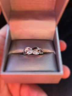 Promise ring Infinity Ring <3. I love this. Possible next anniversary gift?
