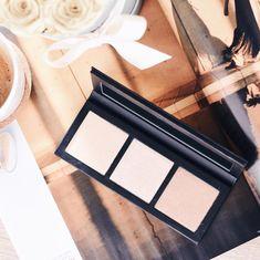 MAC Cosmetics - Hyper Real Glow Palette www.at
