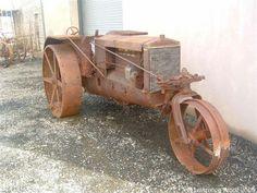 Steel Wheels - The Website for Veteran Tractors1917 Wallis Cub Junior,