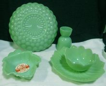 Fire King Jadeite Glass - Bubble Bowl  Egg Cup Spoon Rest Factory Sticker Green To Blue, Jade Green, Green Kitchen, Kitchen Ware, Vaseline Glass, Vintage Dishes, Anchor Hocking, My Glass, Hard Boiled