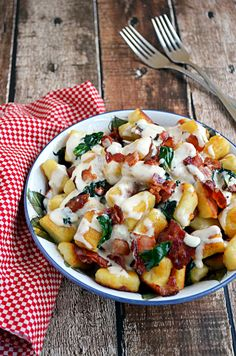 Roasted Garlic Gnocchi with Bacon, Spinach, and Smoked Gouda Sauce-paleoize it