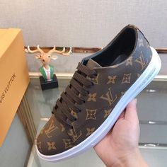 """Louis Vuitton Louis Vuitton"" sports and leisure men's shoes Brown – acharitystore"