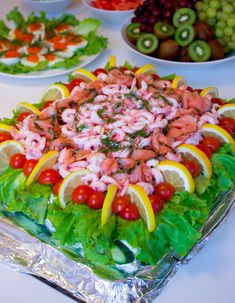 What an amazing food to finish the year with! Sandwich Torte, Good Food, Yummy Food, Scandinavian Food, Swedish Recipes, Dessert For Dinner, Keto Diet For Beginners, Appetisers, Different Recipes
