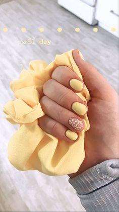 Cute Summer Nails, Bright Summer Nails, Spring Nails, Daisy Nails, Daisy Nail Art, Sunflower Nails, Nagellack Trends, Beach Nails, Dipped Nails