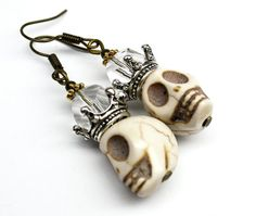Hey, I found this really awesome Etsy listing at https://www.etsy.com/listing/246223392/crown-skull-earrings