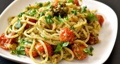 Garnélás-pestós spagetti recept | APRÓSÉF.HU - receptek képekkel Spagetti Recipe, Pudding Recipes, Pasta Dishes, Pasta Recipes, Spaghetti, Clean Eating, Food Porn, Food And Drink, Menu