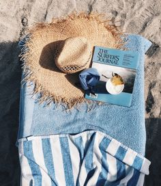 All you need | At the beach | Sand | Sun | More on Fashionchick.nl