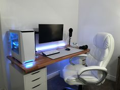 My new apartment with a new setup