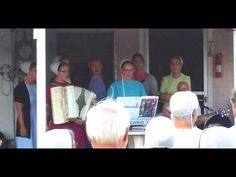 """Amish Girls Sing """"How Great Thou Art"""" in Pinecraft https://www.youtube.com/watch?v=1bWsUvouvnY"""