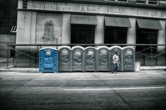 Portable toilets service can easily benefit the construction workers without costing too much.