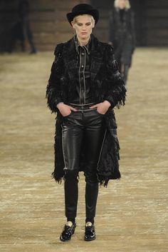Chanel Pre-Fall 2014 - Slideshow - Runway, Fashion Week, Fashion Shows, Reviews and Fashion Images - WWD.com