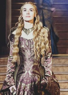 Queen Cersei Lannister player by Lena Headey in GoT Game of Thrones purple dress Game Of Thrones Cersei, Game Of Thrones Facts, Game Of Thrones Costumes, Game Of Thrones Funny, Game Of Thrones Dress, Got Costumes, Movie Costumes, Lena Headey, Got Serie