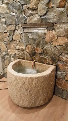 """Covering with """"LIGURE"""" model, glued, only 5 cm thick, with the creation of a waterfall. Outdoor Wall Fountains, Indoor Water Fountains, Garden Fountains, Outdoor Walls, Indoor Fountain, Water Wall Fountain, Patio Fountain, Fountain Ideas, Brick Wall Gardens"""