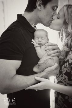Trend & Inspiration Newborn Photography, Check Right Now - Mama werden - Bebe Foto Newborn, Newborn Baby Photos, Baby Poses, Newborn Poses, Newborn Shoot, Newborn Pictures, Maternity Pictures, Pregnancy Photos, Pregnancy Tips