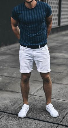 Men fashion casual 19844054593400046 - Women Love These Details In A Man's Style. It doesn't matter if you're into classic formal styles, street style, or something more casual, women will focus in key details of a man's outfit. Source by culturacolectiva Summer Outfits Men, Stylish Mens Outfits, Men Summer Fashion, Men's Outfits, Summer Men, Fall Fashion, Fashion Ideas, Mens Fashion Suits, Mens Suits