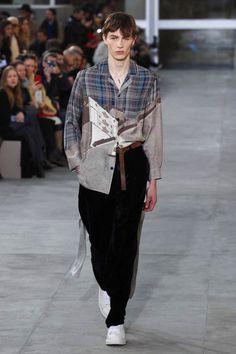 Louis Vuitton FW17.  menswear mnswr mens style mens fashion fashion style louisvuitton supreme runway
