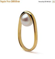 SALE 20% Off OVERTURN 14k Gold Pearl Ring Gold Pearl