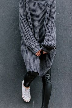oversized cozy knit, leather leggings & converse kick #stye #fashion