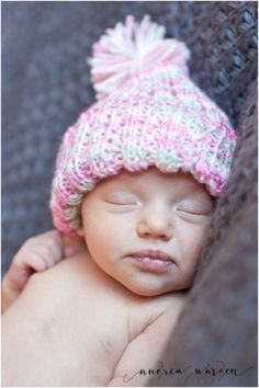 Newborn girl photos // newborn portraits // Andrea Warden Photography