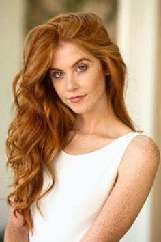 Discover tons of gorgeous redhead on Bonjour-la-Rousse Stunning Redhead, Beautiful Red Hair, Gorgeous Redhead, Redhead Hairstyles, Pretty Hairstyles, Men's Hairstyle, Funky Hairstyles, Formal Hairstyles, Red Hair Woman