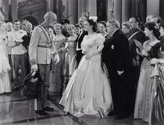 Spring Parade 1940 Starring Deanna Durbin!;)